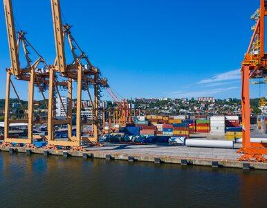 """Umowa między Portem Gdynia a CPK podpisana. Chodzi m.in. o budowę """"Drogi Czerwonej"""""""