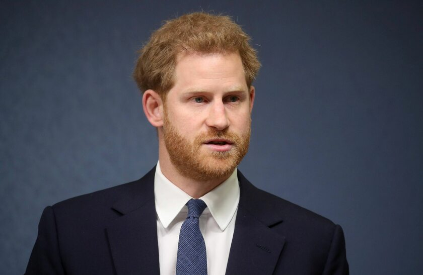 Książę Harry przebrał się za św. Mikołaja. Jest nagranie